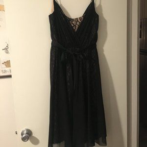 Maggy London Lace and Chiffon Party Dress